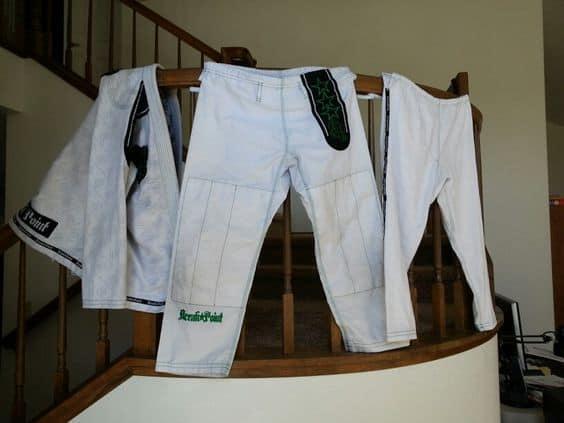 How to wash your new Brazilian Jiu Jitsu Gi. 2 How to wash your new Brazilian Jiu Jitsu Gi.