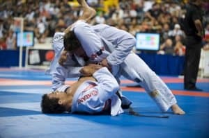 Triangle choke jiu jitsu