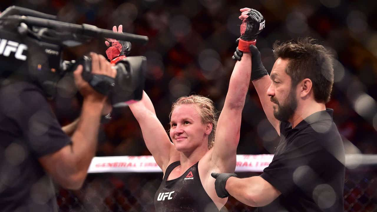 Controversial Refereeing at 2 UFC Fight Night events