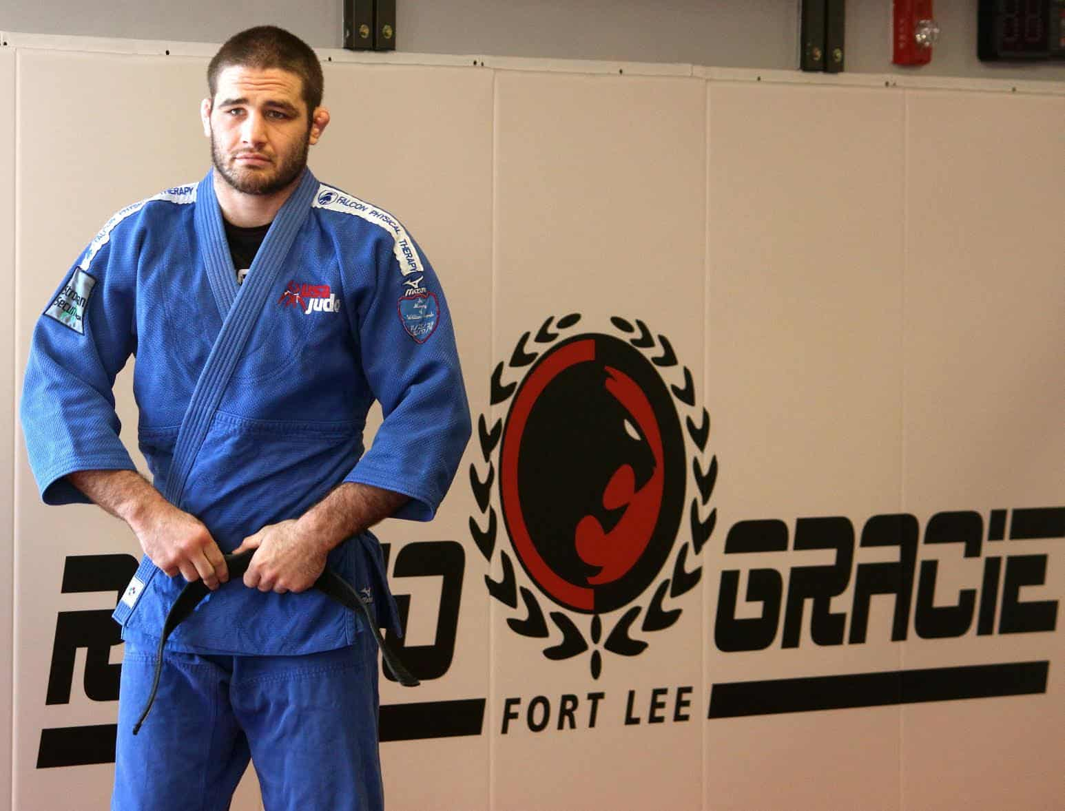 Breaking Grips In BJJ With Olympian Travis Stevens