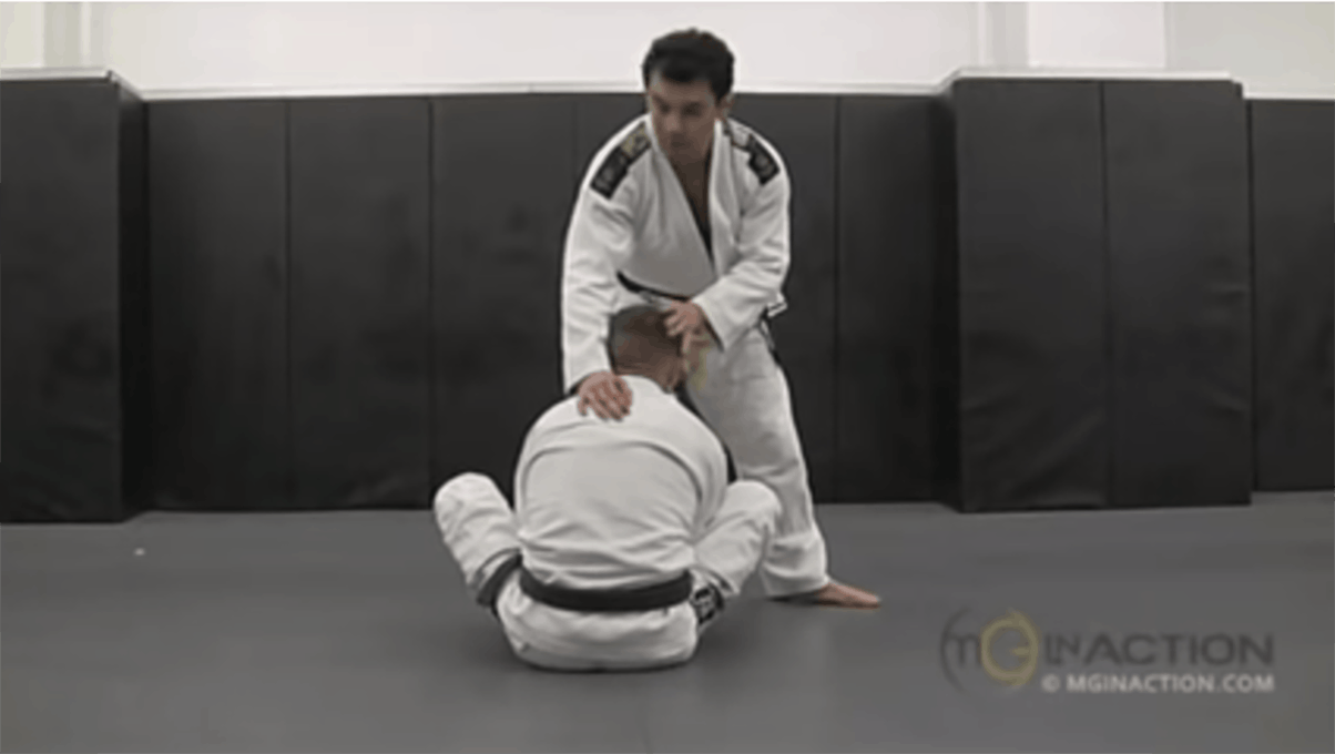 Marcelo Garcia – Back Step Pass vs Half Guard