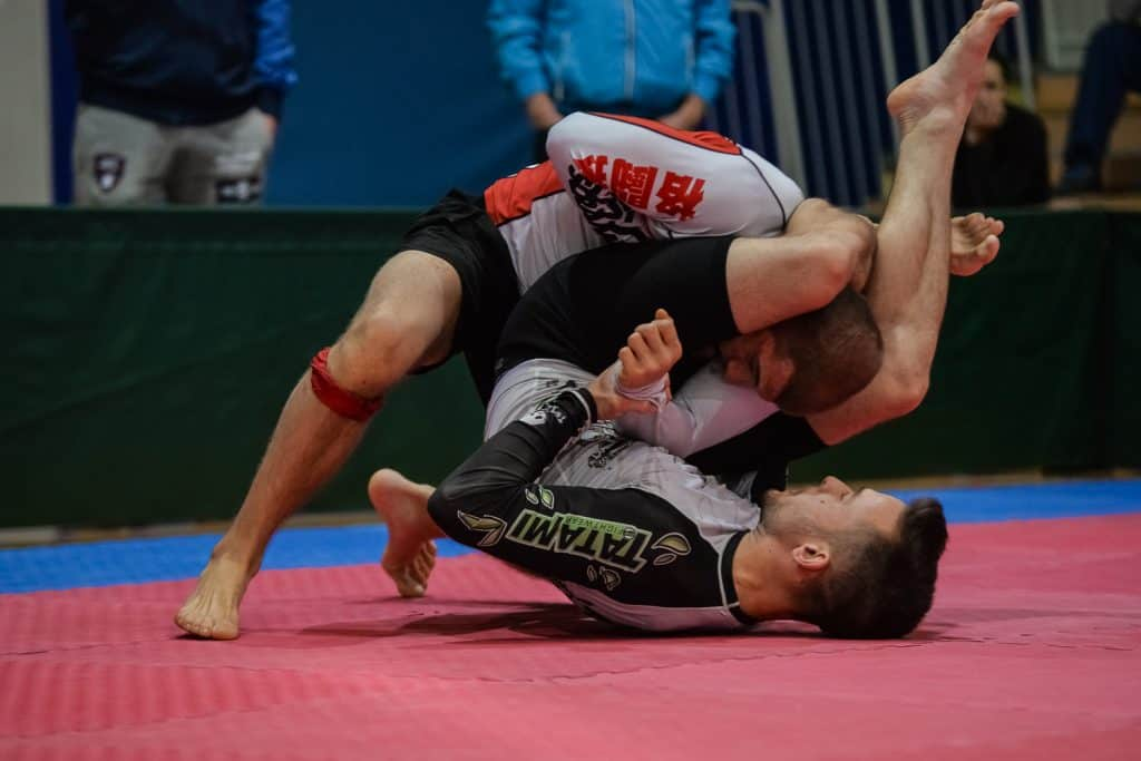 6 Killer BJJ Counters Against the Untrained 1 6 Killer BJJ Counters Against the Untrained