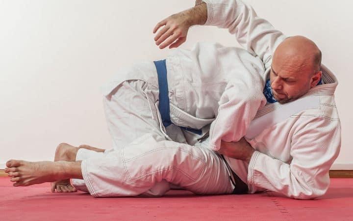 Going for Kimura lock from guard | Jiu Jitsu Legacy