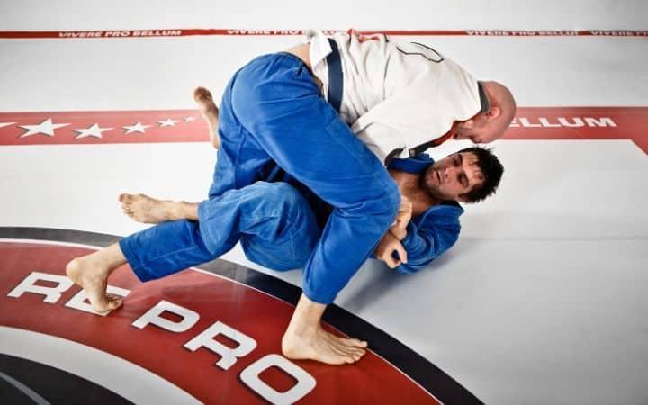 How to handle aggressive training people on the mat   Jiu Jitsu Legacy