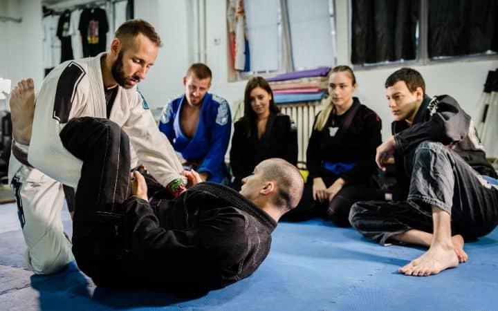 Jiu Jitsu training   Jiu Jitsu Legacy