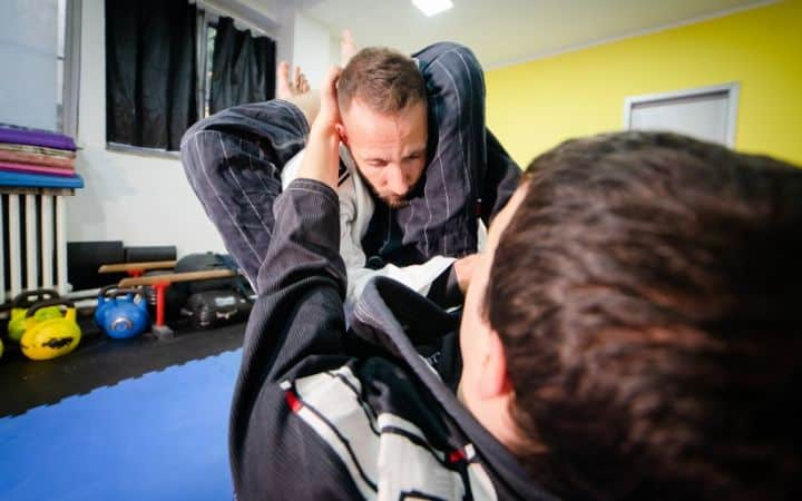Triangle choke and variation disrespectful triangle choke from 50/50 guard | Jiu Jitsu Legacy