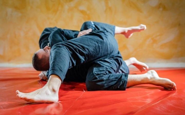BJJ sparing and Side control, Crucifix Position in BJJ | Jiu Jitsu Legacy